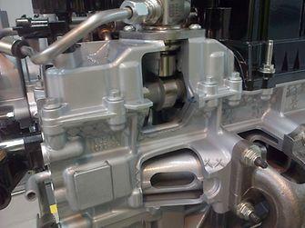 Loctite 5189 dichtet hochbeanspruchte Verbindungen in den 1,6-Liter EcoBoost-Motoren von Ford ab