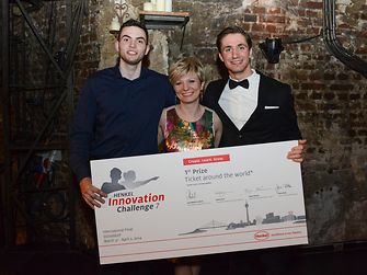 "Dominik Benger and Daren Perincic from Croatia, here with their mentor Helena Grahovac, are the winners of this year's ""Henkel Innovation Challenge""."