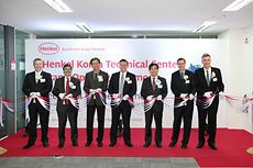 Ribbon cutting ceremony at the opening of Henkel Korea Technical Center on Jan 17
