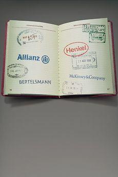 Bieten gemeinsam ein maßgeschneidertes Programm für Studenten: Die Unternehmen Henkel, Allianz, Bertelsmann und McKinsey