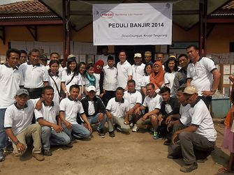 The Henkel team at Desa Cirumpak