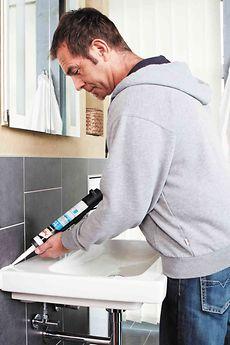 Pattex bietet mit seinen Sanitär-Silikonen die ideale Lösung in Premium-Qualität