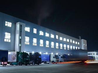 35 Millionen Euro hat Henkel in das neue Hochregallager am Standort Düsseldorf investiert.
