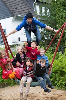 MIT Photo Competition 2014: Children on a swing set in a preschool parent's council in Germany