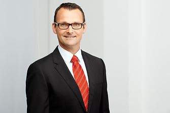 Lars Witteck - Head of External Communications - Corporate Communications