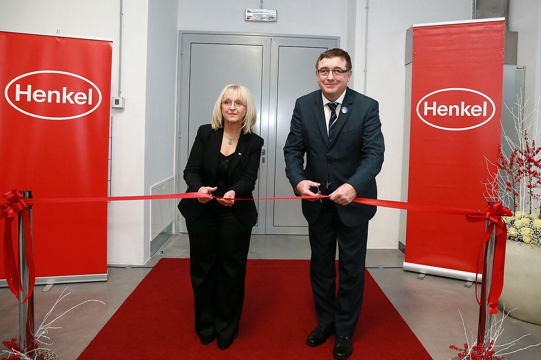 Director of Henkel Maribor, Melita Ferlež, and the mayor of Maribor, Andrej Fištravec, at the opening ceremony.