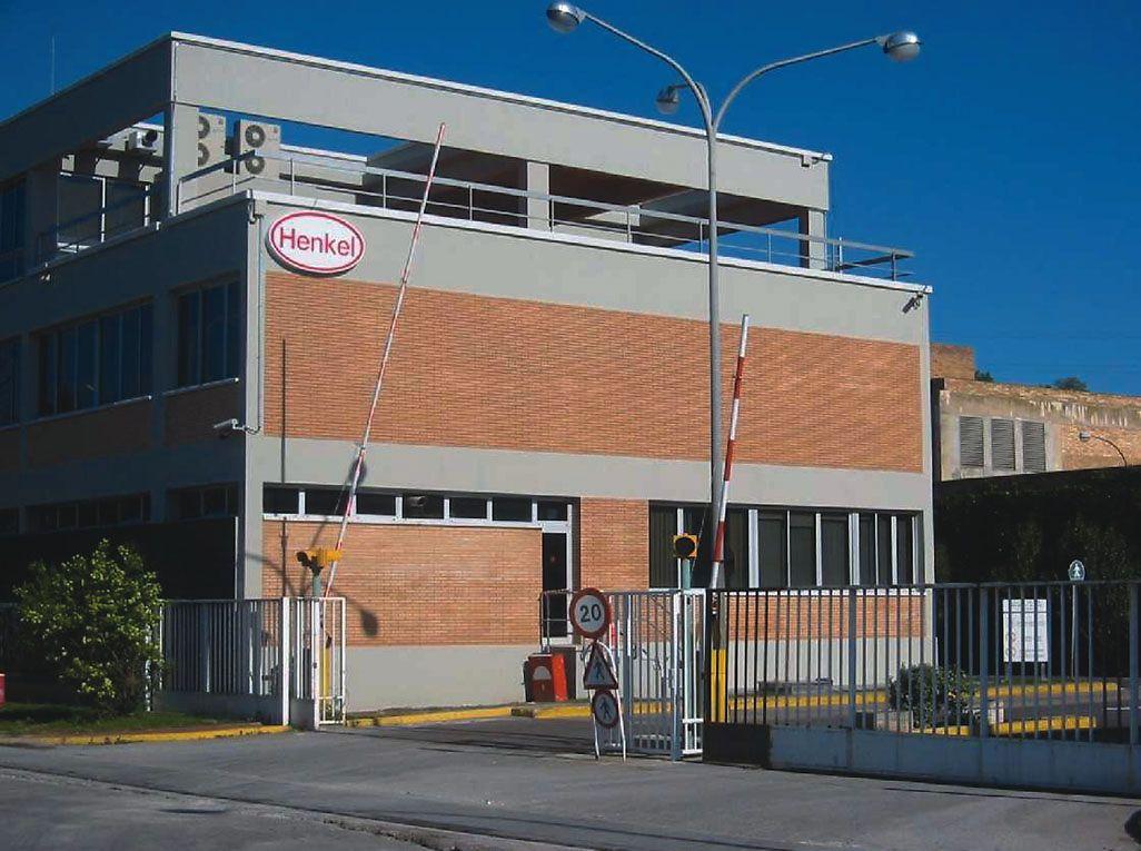 Imagen actual de la fábrica de Henkel en Montornès
