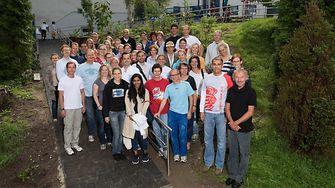 2015-08-24-henkel-mitarbeiter-engagieren-sich-im-friedensdorf-oberhausen.jpg