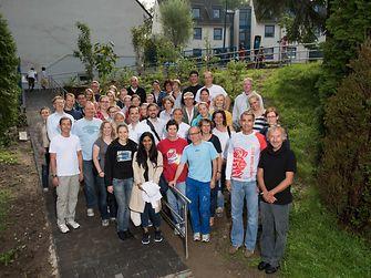Henkel Mitarbeiter engagieren sich im Friedensdorf Oberhausen