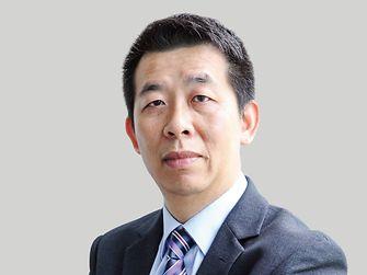 Terry Lam  林仲坤 先生  大中华区首席财务官、合规代表
