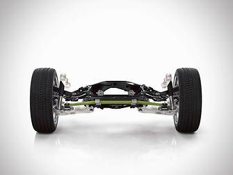 Die Hinterachse des neuen Volvo XC90 hat eine Querblattfeder aus gewichtssparendem Verbundwerkstoff. Benteler-SGL fertigt die Composite-Blattfeder für diese Hinterradaufhängung in Großserie unter Einsatz des Matrixharzsystems Loctite MAX von Henkel.