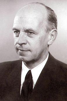 Reinhold Woeste