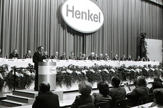 First public Annual General Meeting in 1986