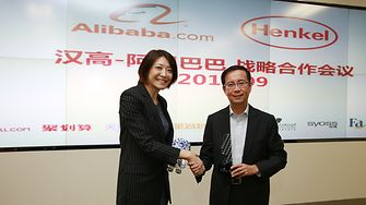 Michelle Cheung, Corporate Senior Vice President Henkel Beauty Care Asia Pacific and APAC President, and Alibaba CEO Yong Zhang