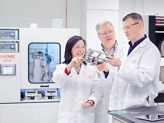 3 chemists Loctite