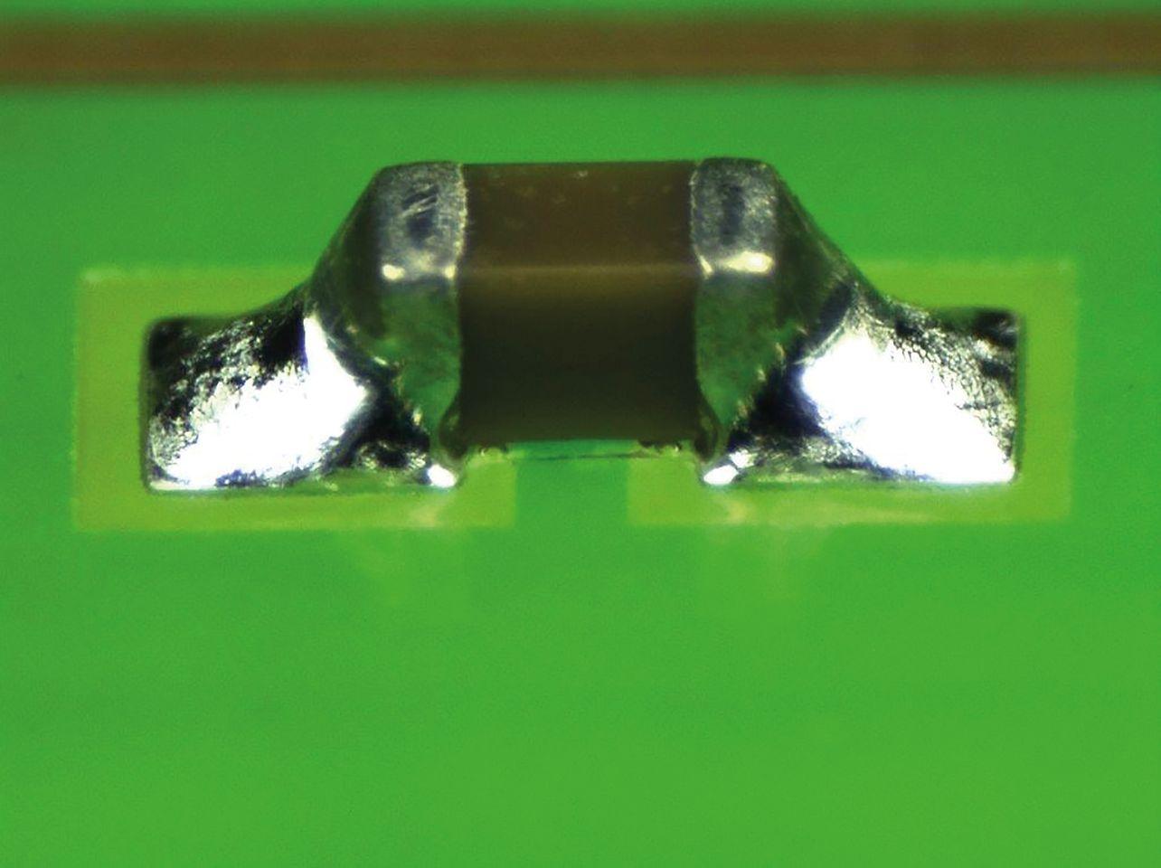 Loctite GC 10 bildet hochglänzende Lotverbindungen