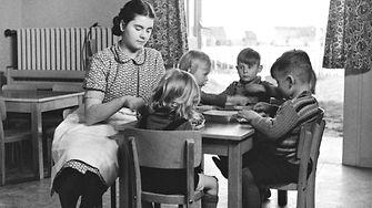 Vor 75 Jahren führte Henkel die erste Kinderbetreuung am Standort Düsseldorf ein