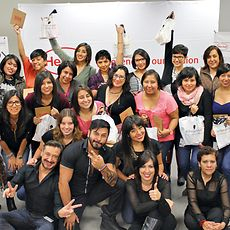 Employees of Henkel Mexico donated blood and hair to help in the fight against cancer