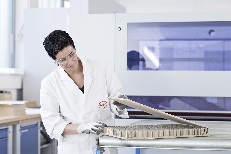 Qualitätsprüfung im HTC – Henkel Technology Center