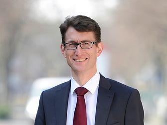 Dr. Daniel Kleine