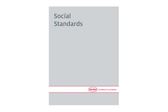 social-standards-en-COM.pdfPreviewImage (1)