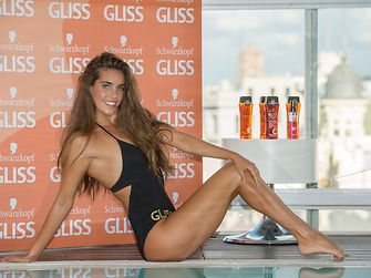 Ona Carbonell presenta Gliss Oil In Shampoo