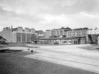 1925: Henkel adhesive factory