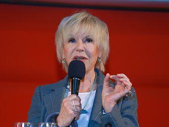 Motivforscherin Dr. Helene Karmasin: Marken müssen bei aller Digitalisierung auch weiterhin den emotionalen Anker auswerfen.