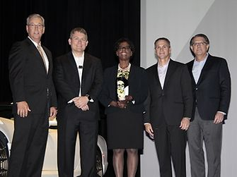 Henkel North America honored with Diversity Supplier Award 2016