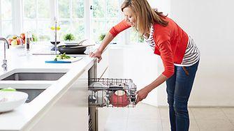 Geld sparen beim Geschirrspülen
