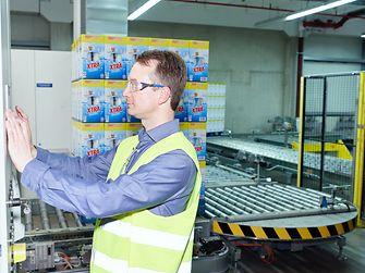 2017-03-10-waschmittelproduktion-andreas-nover-etikettierkamera-logistik
