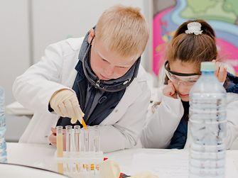 «Мир исследователей Henkel» в самом центре Москвы
