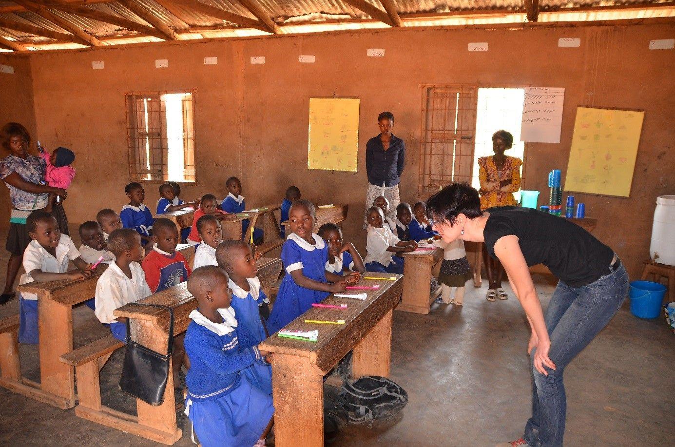 Eine Lehrstunde in der Dorfschule in Akumalam