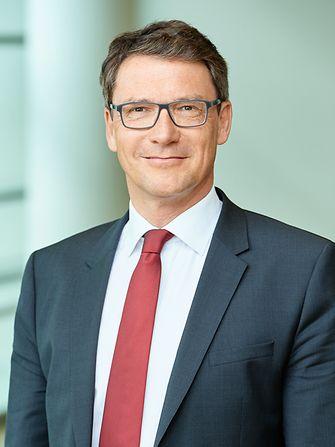 Stephan Fuesti-Molnar