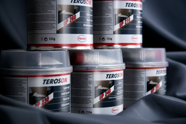 TEROSON cuenta con una amplia gama de masillas de poliéster que cubren todas las necesidades de los talleres de chapa y pintura.