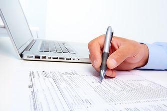 laptop-pen-chart-financial-figures-teaser