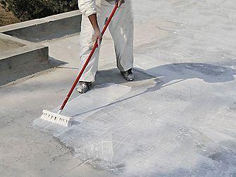 Cool roof-Dachbeschichtungen: 16.500 Tonnen CO2-Vermeidung pro Jahr