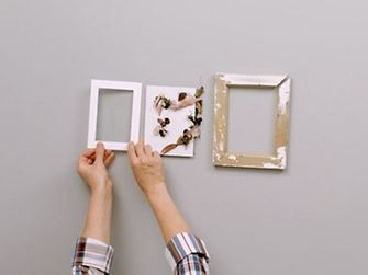 how to fix a picture frame