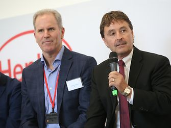 Jerry Perkins of Henkel during the panel discussion (to his right is Stephen Nigro of HP)