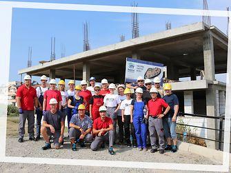 Die 22 Henkel-Kollegen sind zwischen 24 und 63 Jahre alt und arbeiten in verschiedenen Abteilungen an den Standorten Düsseldorf, Krefeld, Hamburg, Heidelberg und Garching.