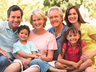 Mitarbeiter können CareFlex individuell aufstocken und sogar Familienangehörige mitversichern.