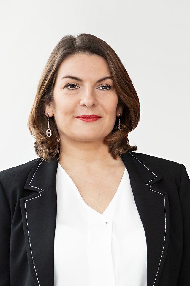 Sylvie Nicol
