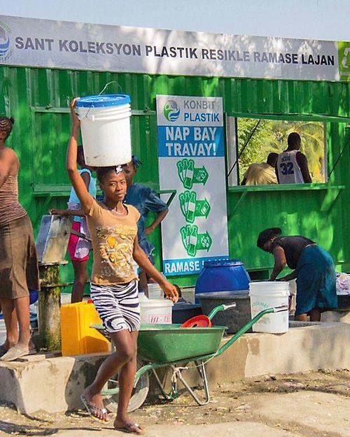 Haiti-Branded-Market-2-1024x683_eciRGBv2