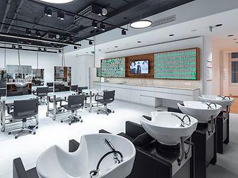 Auch zwei Ausbildungssalon gehören zur Ausstattung der neuen ASK Academy Wien. - ©Fotografie Gabriel Buechelmeier