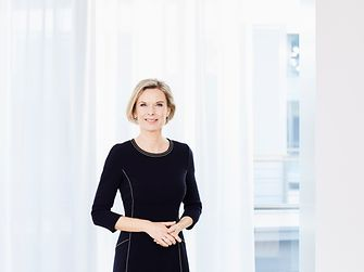 2011: Kathrin Menges became a Management Board member of Henkel AG & Co. KgaA with the responsibility for Human Resources and Infrastructure Services – at a time when less than 10 percent of the members of the Management Board of a DAX 30 company were women. Kathrin Menges had joined Henkel in 1999.