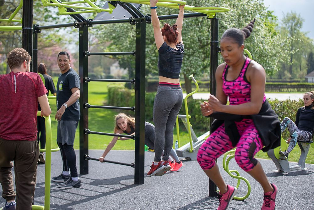 Several people's training activities in Hemel Hempstead's Right Guard AEROCYCLE gym in Gadebridge Park
