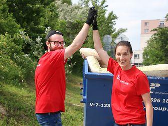 Práca v tíme išla dobrovoľníkom Henkel Slovensko od ruky