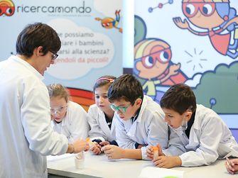 ricercamondo bambini scienza milano