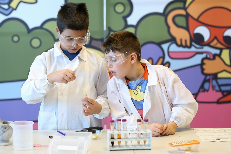 ricercamondo bambini elementari laboratori scientifici