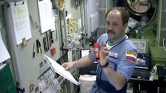 Zuverlässig auch ohne Schwerkraft: Seit 2001 wird der Pritt-Klebestift von Astronauten auf der Internationalen Raumstation (ISS) als Klebstoff eingesetzt.